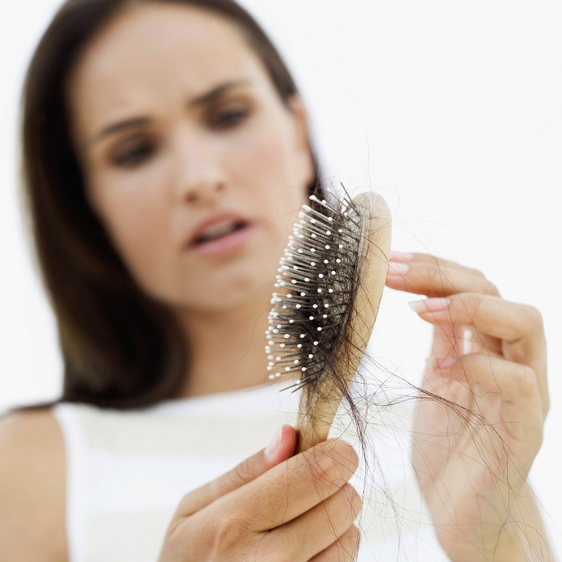 Tratament natural pentru căderea părului